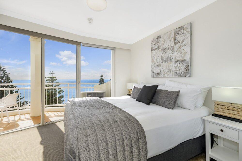1 Bed Ocean View Bed 1004