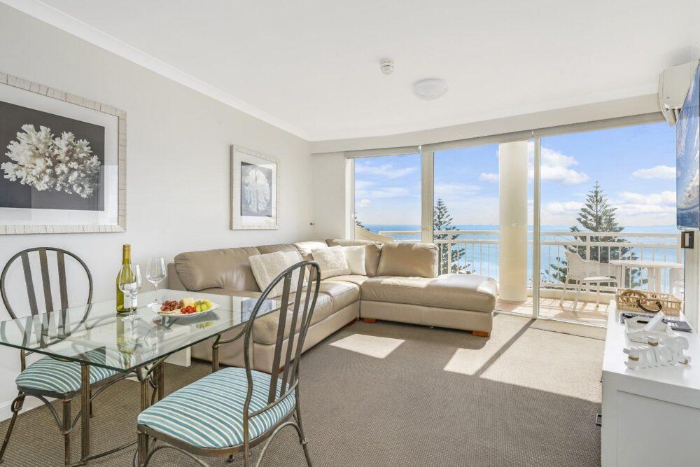 1 Bed Ocean View Living 1004