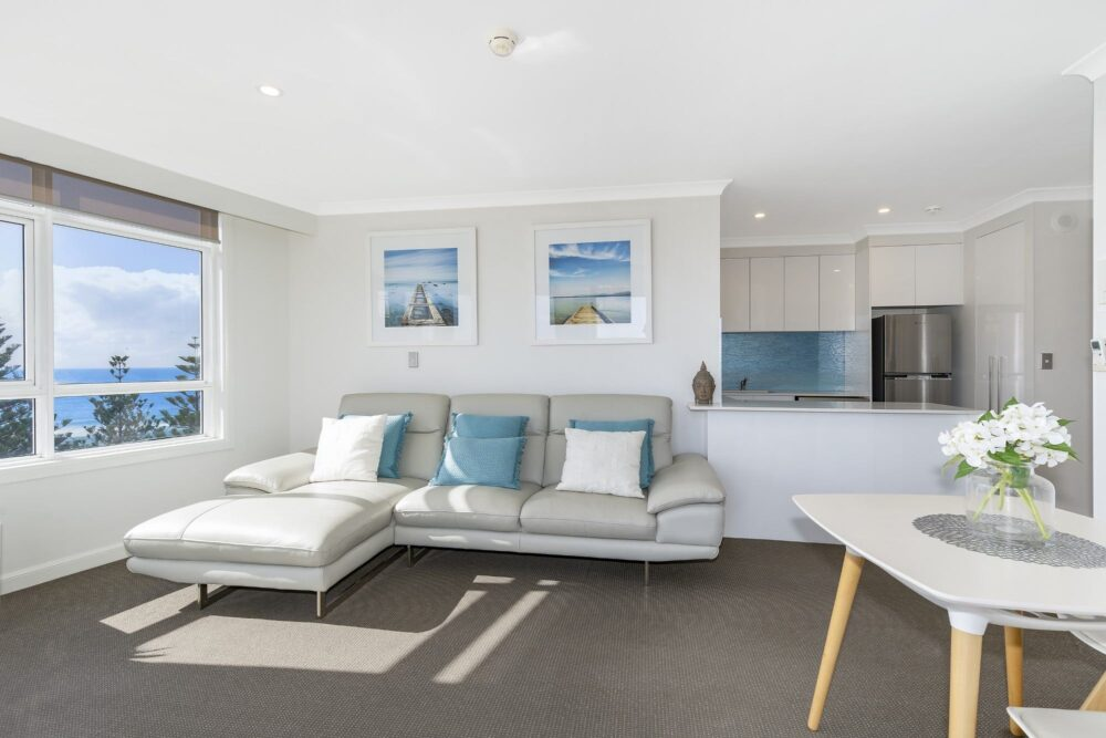 1 Bed Ocean View Superior Living2 1002