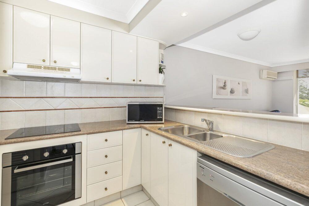 1 Bed Standard Kitchen2
