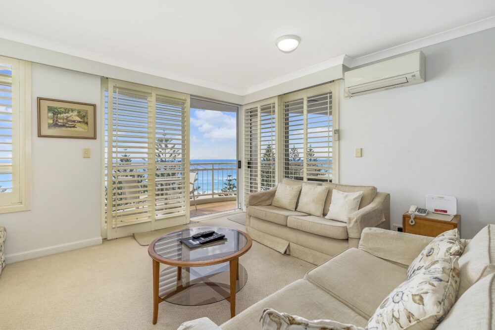 2 Bed Ocean View Living Room 1005