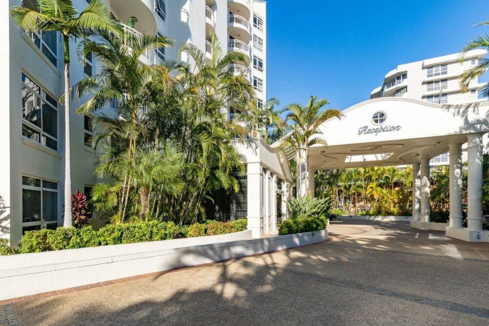 burleigh-holiday-apartment-for-sale-apt-903 (2)