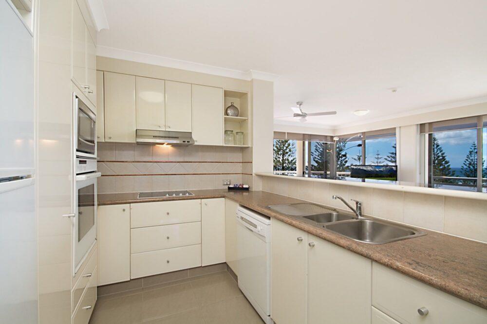 kitchen-with-ocean-views