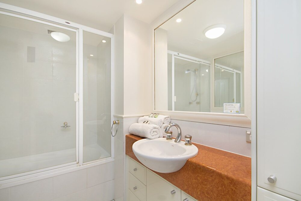 second-bathroom-with-shower-over-bath